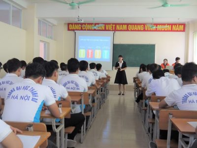 7 Kinh nghiệm ngày đầu làm sinh viên