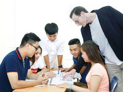 Cơ hội việc làm ngành Ngôn Ngữ Anh.